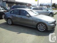 Make BMW Model 328i Colour grey Trans Automatic kms