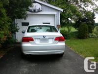 Make BMW Model 328i xDrive Year 2011 Colour Pearl