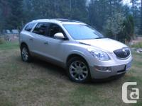 Make Buick Model Enclave Year 2011 Colour White kms