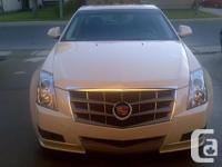Make Cadillac Model CTS Sedan Year 2011 Colour Cream