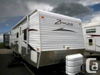 2011 CROSSROADS RV ZINGER TT 32QB Travel Trailer