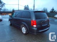 Make Dodge Model Grand Caravan Year 2011 Colour grey