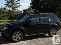 Make Ford Model Escape Year 2011 Colour Black kms