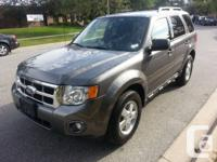 2011 Ford Escape XLT 4x4 2.5 L 74 k, Immaculate
