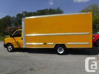 Make GMC Model Savana Year 2011 Colour Yellow kms