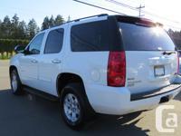 Make GMC Model Yukon Year 2011 Colour WHITE Trans