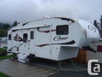 2011 KEYSTONE COUGAR 278 RKS 5TH WHEEL TRAILER