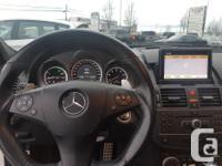 Make Mercedes-Benz Model C63 Year 2011 Colour white