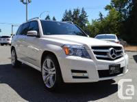 Make Mercedes-Benz Model GLK350 Year 2011 Colour White