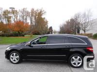 Make Mercedes-Benz Model R350 Year 2011 Colour Black