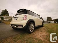 Make Mini Model Cooper S Year 2011 Colour Pepper White