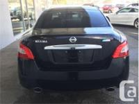 Make Nissan Model Maxima Year 2011 Colour Black kms