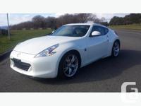 2011 Nissan 370z 27,275 KM?s 6 speed manual