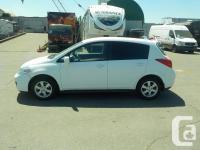 Make Nissan Model Versa Year 2011 Colour White kms
