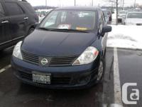 Excellent condition 2011 Nissan Versa for sale, no