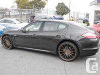 Make Porsche Model Panamera Colour Carbon Metallic