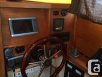 We are selling our 25SC it is with a blue Hull, Radar,