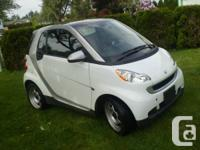 SMART FORTWO 2011  RARE SOLAR PANEL ROOF LOW KM 27,000