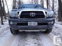 Make Toyota Model Tacoma Year 2011 Colour Grey kms