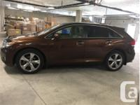 Make Toyota Model Venza Year 2011 Colour Brown kms