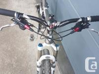 "2011 Trek Fuel EX9 Mountain Bike Medium 18.5"" frame,"