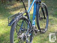 """Frame size 17.5"""" (44.5cm). Includes rack and fenders."""