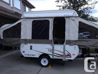 Like new 2011 Viking Epic 1706 Tent Trailer Garage