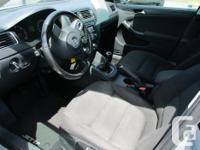 Make Volkswagen Model Jetta Year 2011 Colour silver