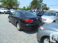 Make Volkswagen Model Jetta Year 2011 Colour black kms