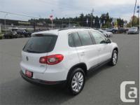 Make Volkswagen Model Tiguan Year 2011 Colour White