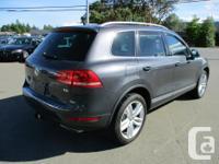 Make Volkswagen Model Touareg Year 2011 Colour grey