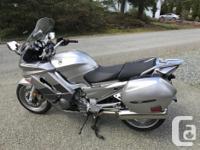 Make Yamaha Model Fjr kms 28000 Awesome sport-touring for sale  British Columbia