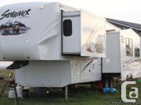 2012 Cedar Creek Silverback 33REA Fifth Tire Trailer