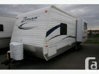 2012 CROSSROADS RV ZINGER TT 25RK Travel Trailer