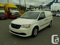 Make Dodge Year 2012 Colour White Trans Automatic kms