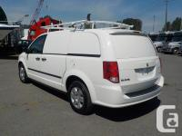 Make Dodge Model Caravan Year 2012 Colour White kms