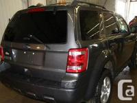 Make Ford Model Escape Year 2012 Colour Grey kms