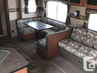 Great for a family! Sleeps 8! 2012 Forest River