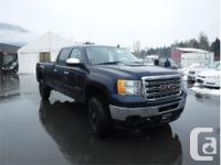Make GMC Model Sierra 2500 Year 2012 Colour Blue kms