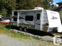 Excellent small family trailer, bought in 2012 and used