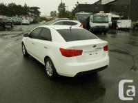 Make Kia Model Forte Year 2012 Colour White kms 90822