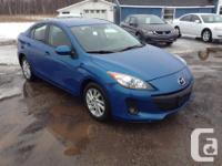 Make Mazda Model 3 Year 2012 Colour Blue Trans