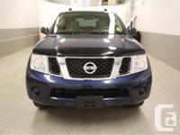 Make Nissan Model Pathfinder Year 2012 Colour Blue kms