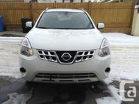 Make Nissan Model Rogue Year 2012 Colour White kms