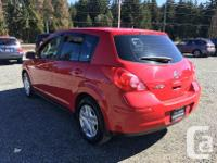 Make Nissan Model Versa Year 2012 Colour red kms