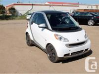 Make Smart Model FORTWO Year 2012 Colour White kms