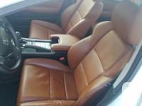 Make. Acura. Version. TL. Year. 2012. Colour. white.