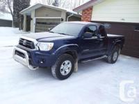 2012 Toyota Tacoma SR5 Pickup Truck c/w tonneau