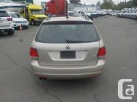 Make Volkswagen Year 2012 Colour Gold Trans Manual kms
