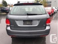Make Volkswagen Model Golf Year 2012 Colour Grey kms